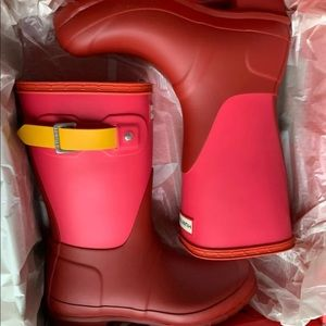 Hunter short red colorblock boots 6
